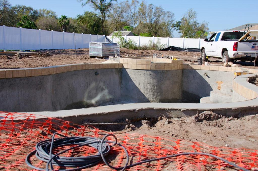 lavori di ristrutturazione piscina
